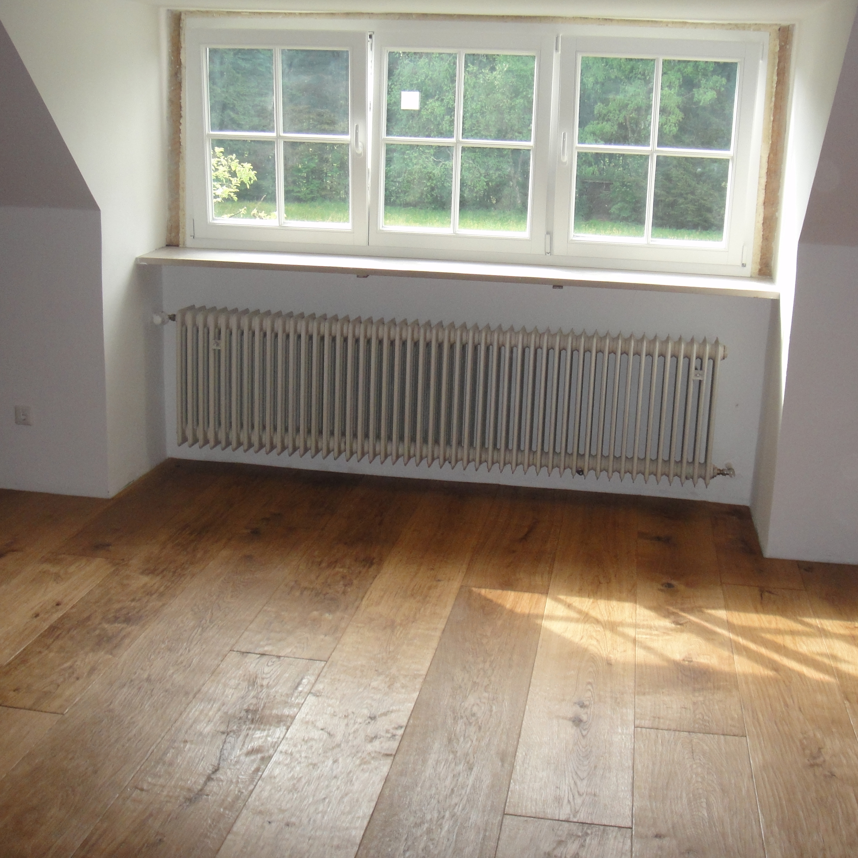 1.Oak hand scraped floor Munchen