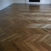 1.Chevron oak parquet oiled marron