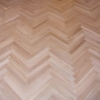 3.Herringbone oak parquet lacquered